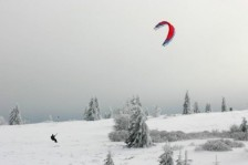 snow kite sur la station du champ du feu